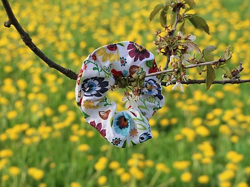 Scrunchies ľanová gumička folk kvety