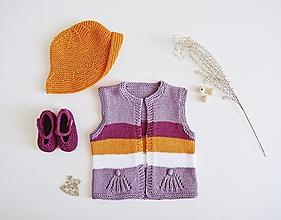 Detské oblečenie - Vestička pre bábätko - 13371379_