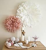 Dekorácie - Nástenná dekorácia BRYXI z peria JUJU HAT - ružová - 13371746_
