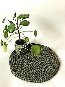 Úžitkový textil - Prestieranie okrúhle na stôl (Tmavá olivová zelená Ø 33 cm) - 13373931_