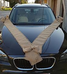 Pierka - výzdoba na auto z jutoviny so strapcami  aj s mašľami na kľučku auta - 13372752_