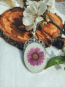 Náhrdelníky - Nosím si lúku so sebou - náhrdelník  - 13375589_