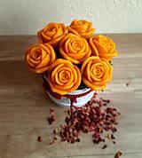 Dekorácie - Kytica plná ruží - 13376551_