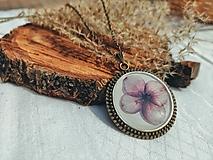 Náhrdelníky - Nosím si lúku so sebou - náhrdelník  - 13378920_