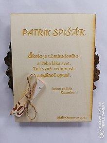 Papiernictvo - Drevena pohľadnica k ukončeniu štúdia - 13376108_