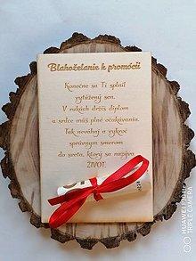 Papiernictvo - Drevena pohľadnica k promocii - 13376110_