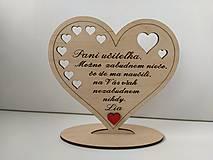 Dekorácie - Drevené  srdiečko pre pani učiteľku - 13380169_