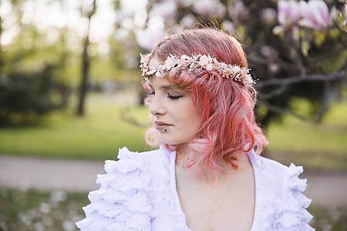 """Kvetinová tiara """"tajomstvá jarných dní"""""""