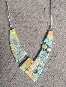 Náhrdelníky - Náhrdeľník imitácia keramiky - 13381195_
