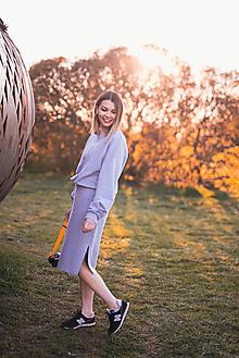 Šaty - Šedý set - mikina a sukňa - 13381617_
