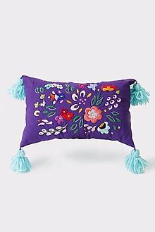 Úžitkový textil - Vankúš fialový ručne vyšívaný - 13384999_