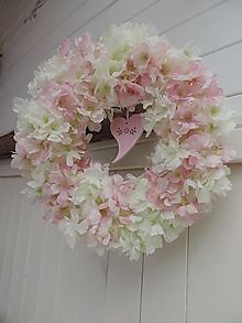 Dekorácie - Jarný veniec- jabloňové kvety - 13383839_