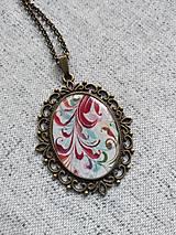 Náhrdelníky - Červené ornamenty - 13388215_