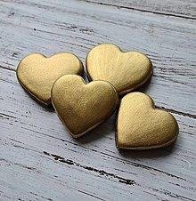 Dekorácie - Zlaté srdiečka 4ks - 13386853_