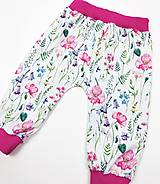 Detské oblečenie - Dievčenské tepláčky - 13387694_