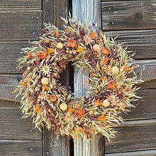Dekorácie - Oranžový veniec na dvere - 13392803_