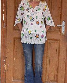 Topy - Pestrofarebný kvetinkový bavlnený letný top - blúzka - 13391002_