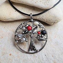 Náhrdelníky - BLACK x RED strom života náhrdelník - 13393934_