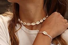 Sady šperkov - Súprava - Mušľový Choker a náramok - 13395788_