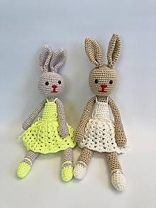 Hračky - Zajka v sukničke hačkovaná hračka - 13395500_