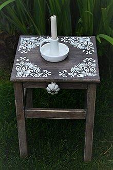 Nábytok - Drevený stolček - 13398806_