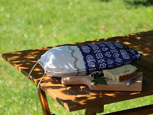 Ľanové vrecko na chlieb čičmany mix