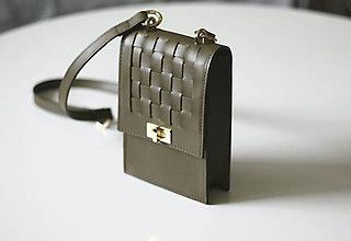 Kabelky - Kožená kabelka prepletaná-OLIVOVOZELENÁ - 13396541_