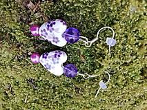 Náušnice - Náušničky srdiečka kvietkované fialové - 13398909_