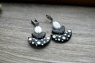 Náušnice - Náušnice čierno biele s bodkami, č. 3382 - 13396521_