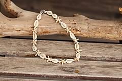Sady šperkov - Mušľový Choker s hviezdicami z howlitu - 13396558_