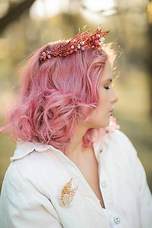 """Ozdoby do vlasov - Svadobná korunka """"kvety zlatom pretkané"""" - červená - 13405523_"""