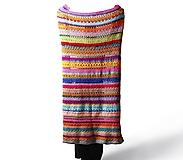 Úžitkový textil - Deka farebná ručne háčkovaná - 13410884_