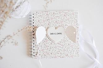 Papiernictvo - Svadobná kniha hostí - veľké srdce 20x20 - 13410303_