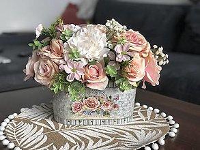 Dekorácie - Kvetinova dekoracia-ruza - 13413612_