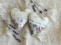 Dekorácie - Srdiečka levanduľové s ružičkami.. - 13416173_