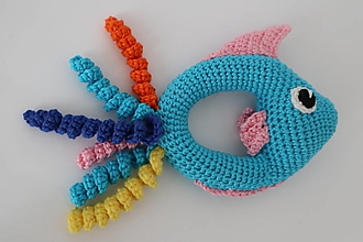 Hračky - Háčkovaná hrkálka rybka - 13415224_