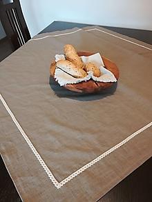 Úžitkový textil - Ľanový obrus v prírodných odtieňoch s krajkou - 13416292_