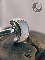 Prstene - Prsteň s mesačným kameňom - 13417513_