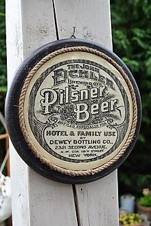 Obrázky - Okrúhle pivárske obrázky s keramickým efektom (pilsner beer) - 13417188_