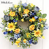 Dekorácie - Romantický veniec žlto-modrý - 13422816_