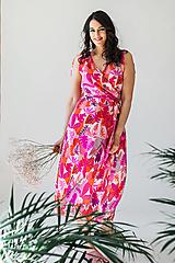 Šaty - Zavinovacie šaty na dojčenie pink jungle - 13420846_