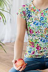 Topy, tričká, tielka - Tričko na dojčenie floral garden - 13420860_