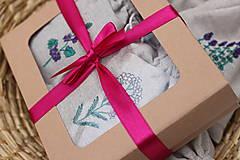 Darčekové balenie dvoch alebo troch čajov v ľanových vreckách podľa vlastného výberu