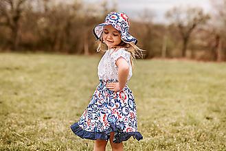 Detské oblečenie - Klobúčik+sukňa modré kvety - 13423776_