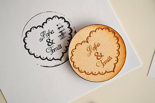 Svadobná pečiatka drevená okrúhla (srdce)