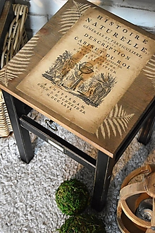 Nábytok - Vintage stolík s botanickým motívom - 13423650_