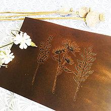 Papiernictvo - Lúčne kvety 1 - kožený fotoalbum A5 - 13428219_