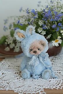 Hračky - Mini medvedík v obleku zajaca - 13427991_