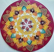 Dekorácie - Mandala vitálnej energie, sily a radosti - 13427860_