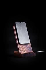 Pomôcky - Držiak na MagSafe nabíjačku drevený - 13428205_